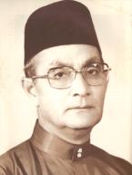 Allahyarham Tun Hussein bin Dato' Onn, Perdana Menteri Malaysia 1976-1981.