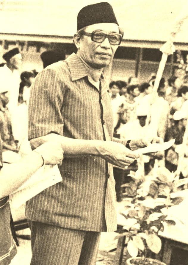 Datuk Muhamed bin Nasir, Menteri Besar Kelantan, 1974 - 1978.