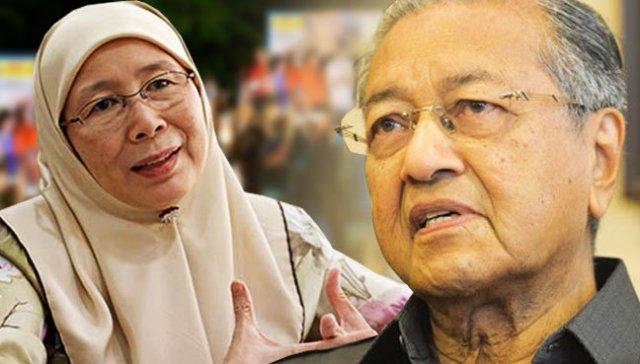 'Saya tak dendam Tun Mahathir' - Azizah